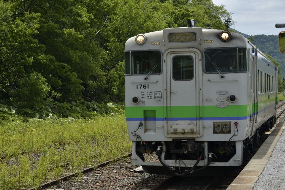 折り返し列車の到着